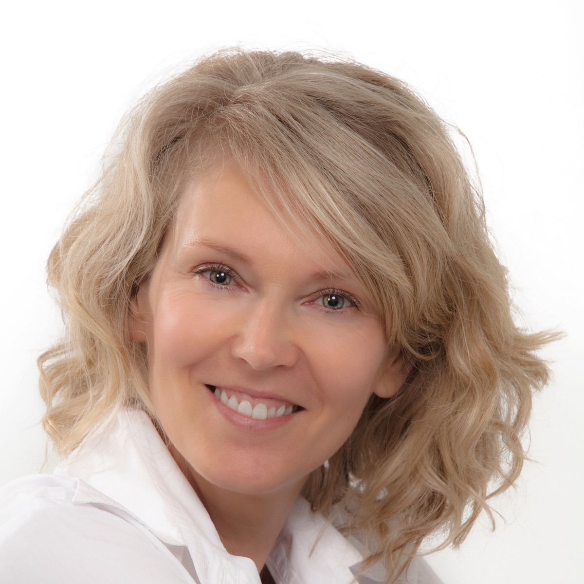 Delia McCable